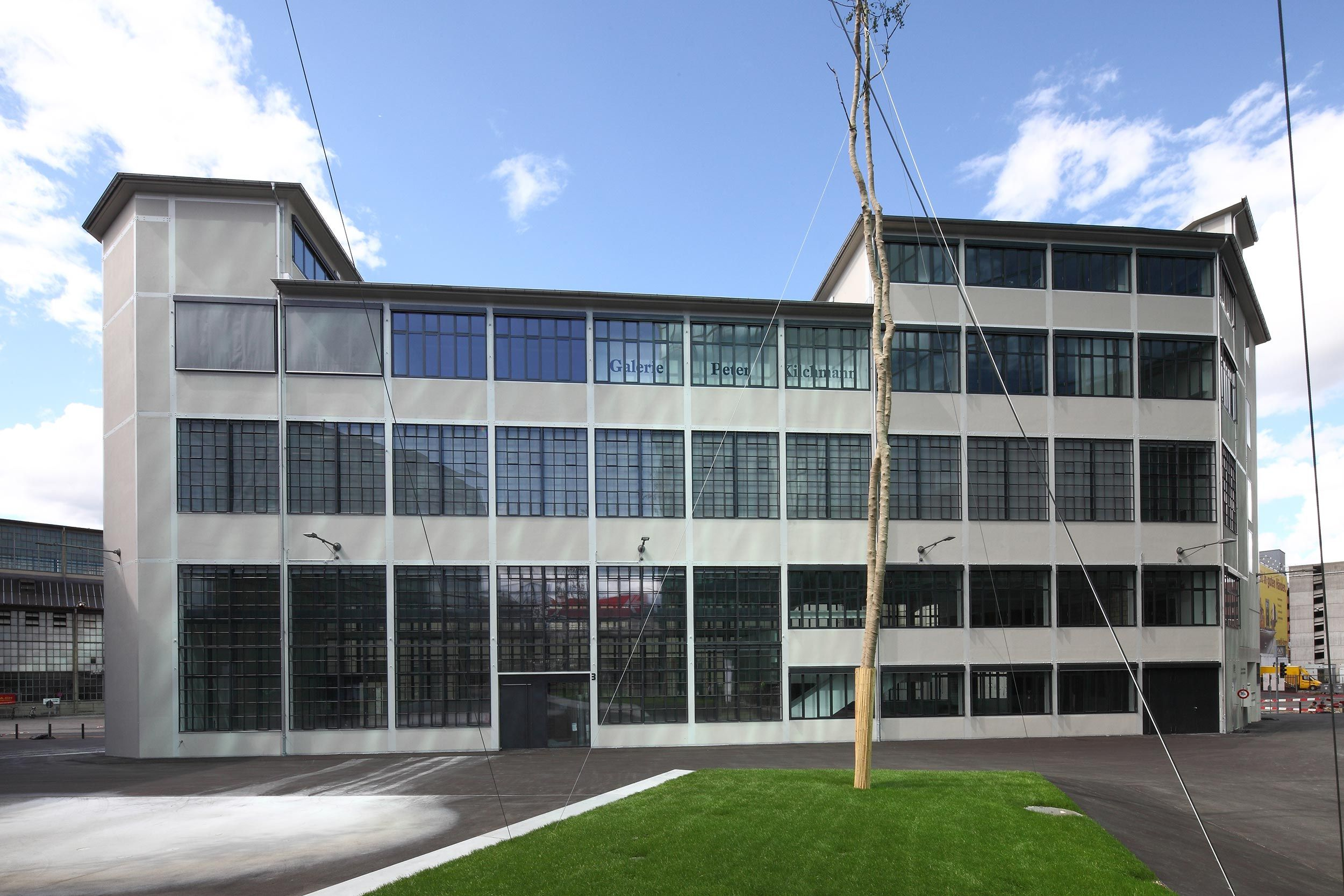 Refurbishment of Former Diagonal Industrial Building, Maag-Areal