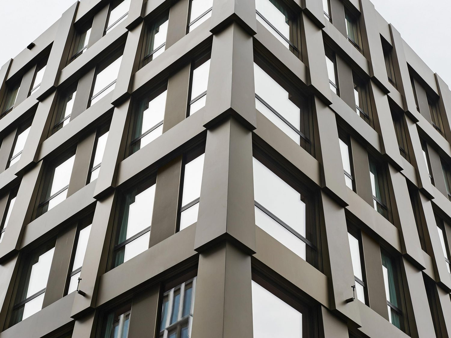 Hotel and Office Building – Greencity post image