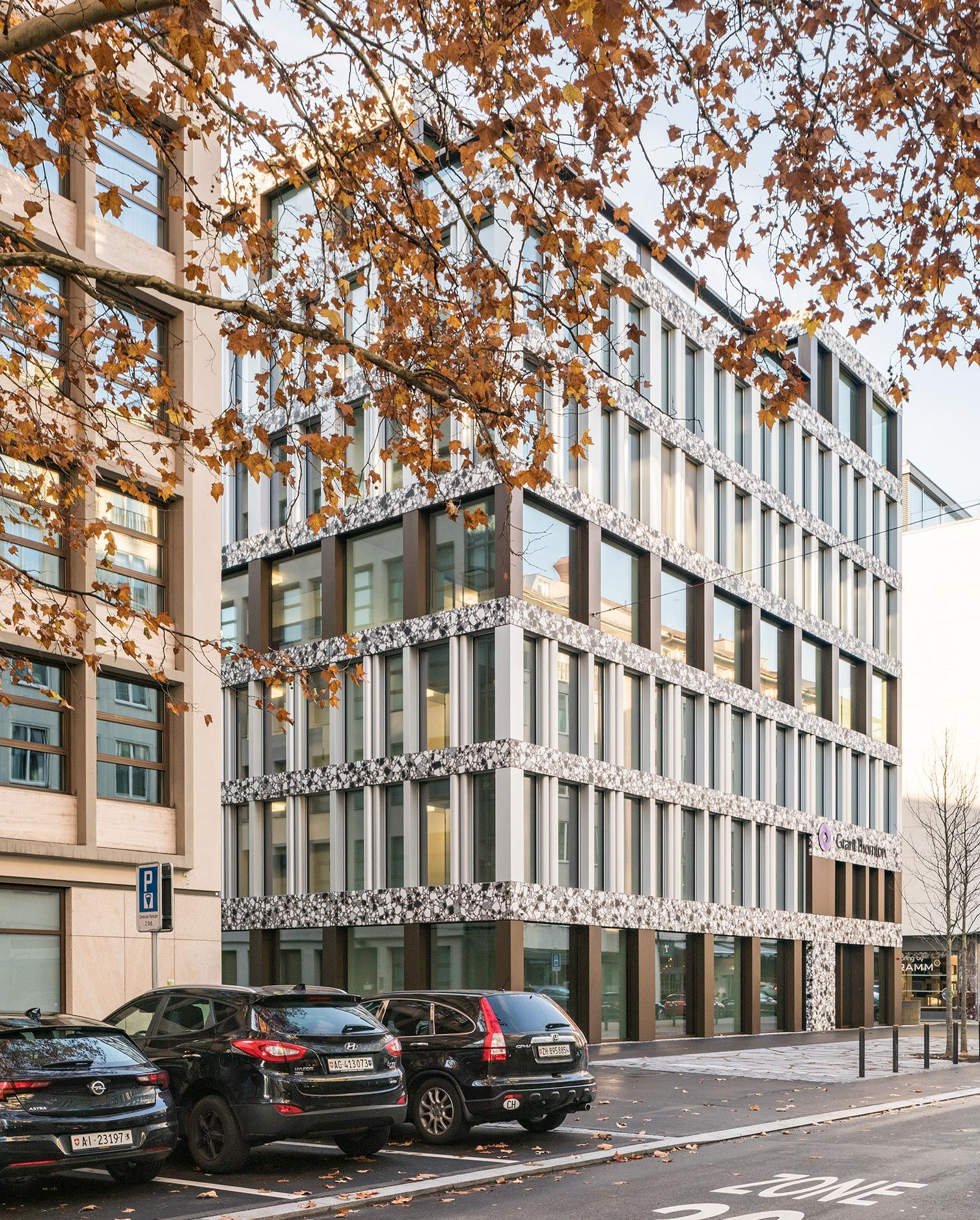 Office Building Claridenstrasse 35
