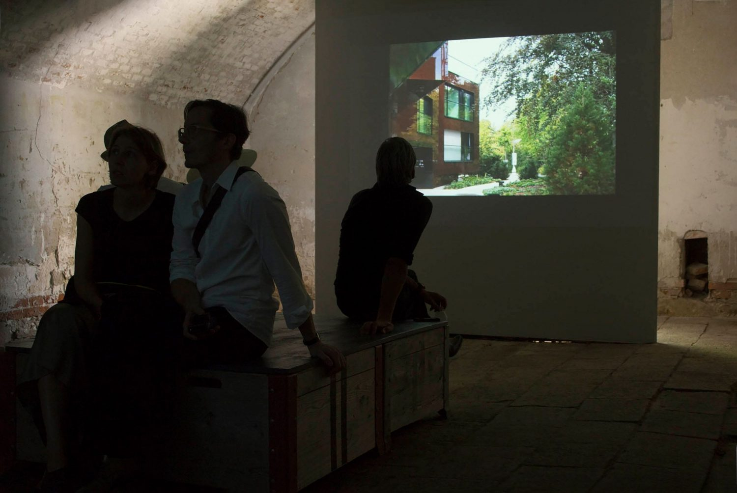 4 // The fourth room (Genius Loci / Common Ground - Several sites and their buildings) showed different films of buildings – public buildings and private ones.